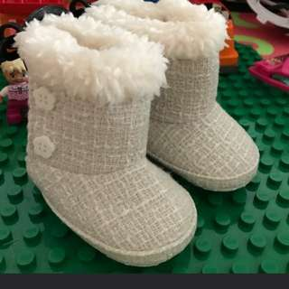 BNWT Baby Girl Winter Boots (Tweed Fabric)