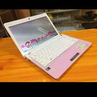 ASUS HELLO KITTY LAPTOP