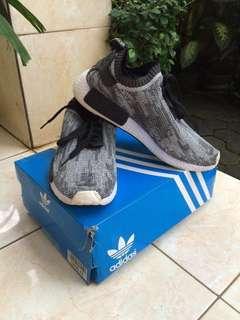 Sepatu / Sneakers Pria - Adidas NMD Runner PK - Oreo