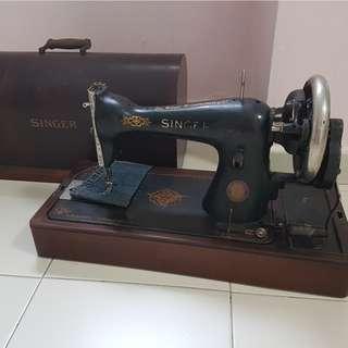 Singers antique threading machine