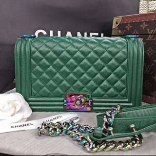 CHANEL Le Buoy in Green Caviar 25cm