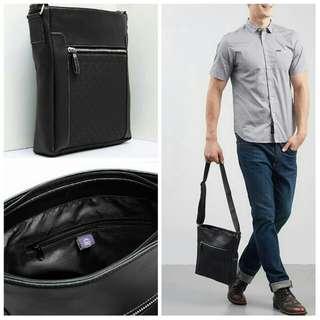 Men Chico Sling Bags BLACK