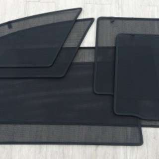 BMW X1 magnetic sunshade