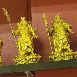 Guan gong statue (铜做的)