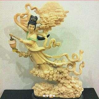 Dancing Heavenly Lady