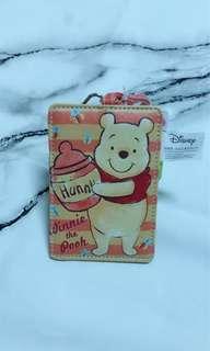 🚚 迪士尼 小熊維尼 票卡夾 行李吊牌
