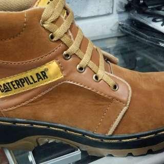 Sale shoes pria out dor atau sepatu Gunung.