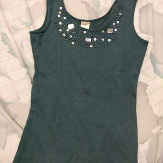 Sleeveless with beads People R People