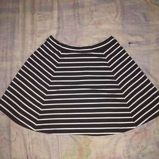 B&W stripes skater skirt