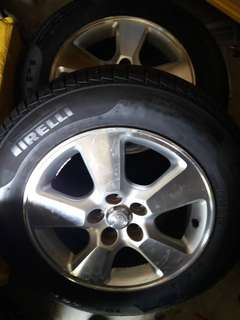 Original toyota wish 15 inch rim with Pirelli tires