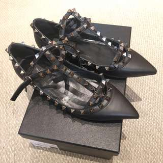 Valentino shoes 黑皮平底鞋