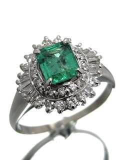 祖母綠磚石戒指