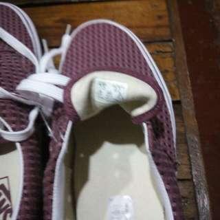 vans shoes sze 7.5 b-new