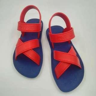 时尚凉鞋 Moo chuu footwear