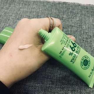 ➡Aloe vera foundation ➡hypoallergenic  ➡longlasting ➡100 Looking for more active and loyal resellers.. ✔fast roi.. ✔earn 1500-3000weekly while staying at home ✔legit and direct supplier since 2012..