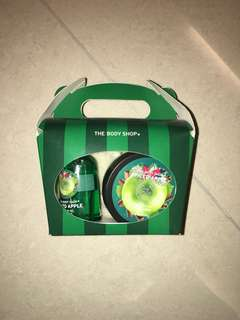 The Body Shop Spiced Apple Treat Box