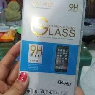 LG K10 (2017) Tempered Glass