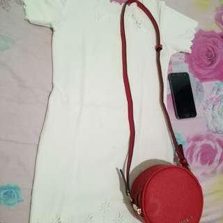 Dress mini putih anggun