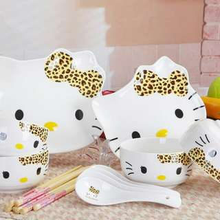 (New and Unused) Hello Kitty Ceramic Dining Set