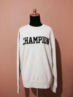 Authentic CHAMPION Jumper / Sweater / Kaos Panjang