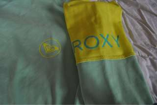 ROXY Rashguard (Authenic, US bought)