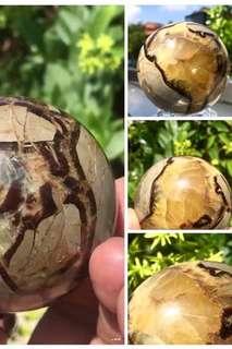 龙鳞龟甲石水晶球 / Septarian sphere ball