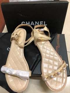 🚚 歐美大牌款秀氣珍珠涼鞋