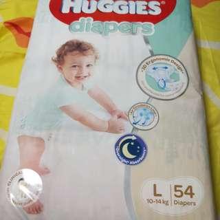 Huggies L size