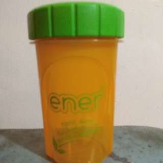 Ener shaking bottle