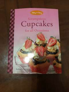 Cupcake recipes and baking techniques