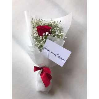 Fresh Flower Bouquet fresh red rose flower and white baby's breath bouquet hand bouquet fresh cut flowers