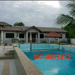 4 Homestay Sg Buloh ada kolam renang (bersebelahan)