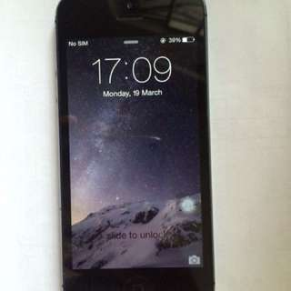 iPhone 5 64 GB black 碳黑色