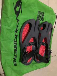 Krooberg sandals