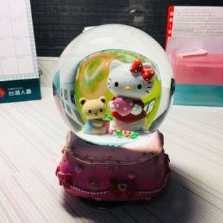 Hello Kitty水晶球音樂盒