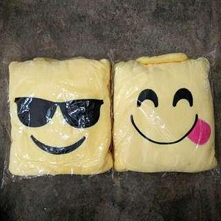 Emoji blanket