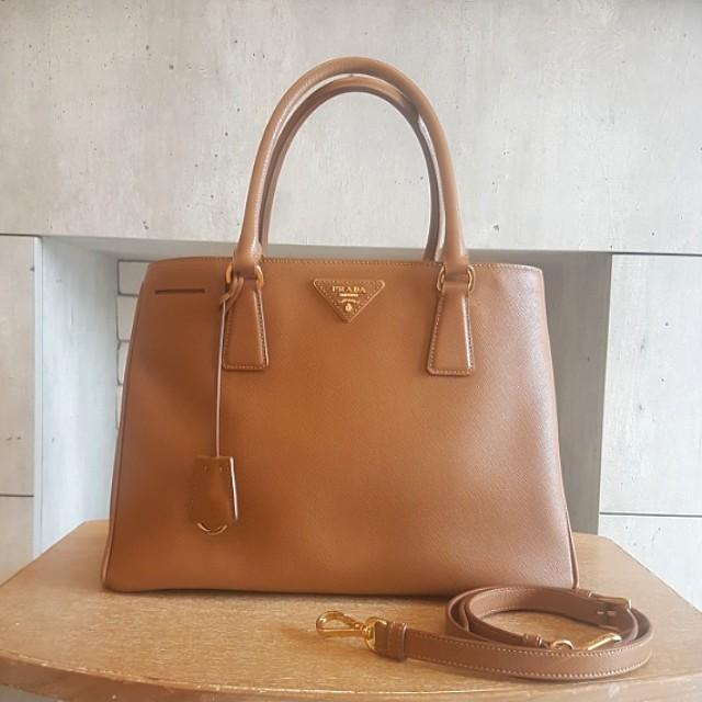 7b5111a4a08c Authentic Prada Saffiano Caramel tote bag BN1874, Luxury, Bags ...