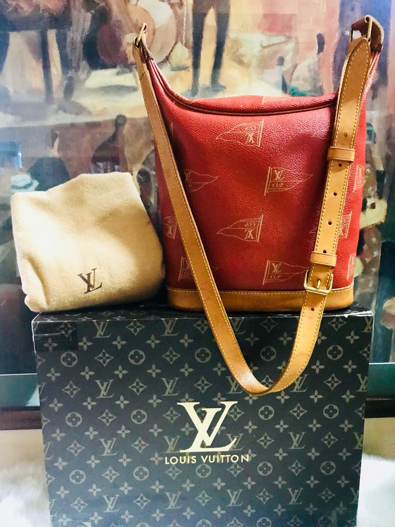 Authentic Vintage Louis Vuitton Crossbody Bag American Cup