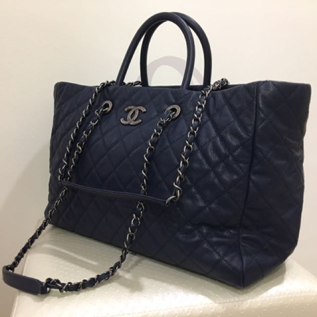 c2067cc1553f CHANEL BAG FOR SALE!!!, Women's Fashion, Bags & Wallets on Carousell