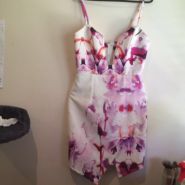 Chicabooti Water Colour Wrap Dress Size 8