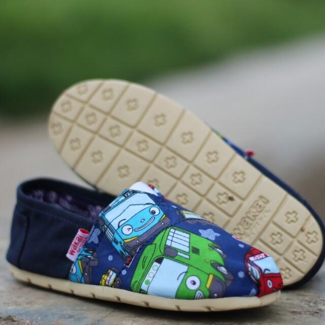 Grosir Sepatu Wakai Anak Tayo Grade Ori Bayi Slip On Flatshoes Alas Kaki Murah Preloved Fesyen Pria Di Carousell