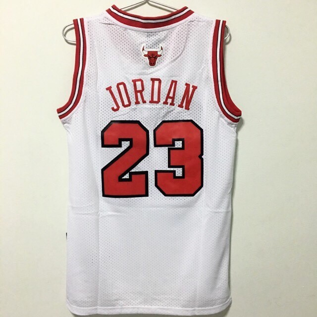 detailed pictures f035b a1362 (L) Chicago Bulls #23 Michael Jordan Jersey White