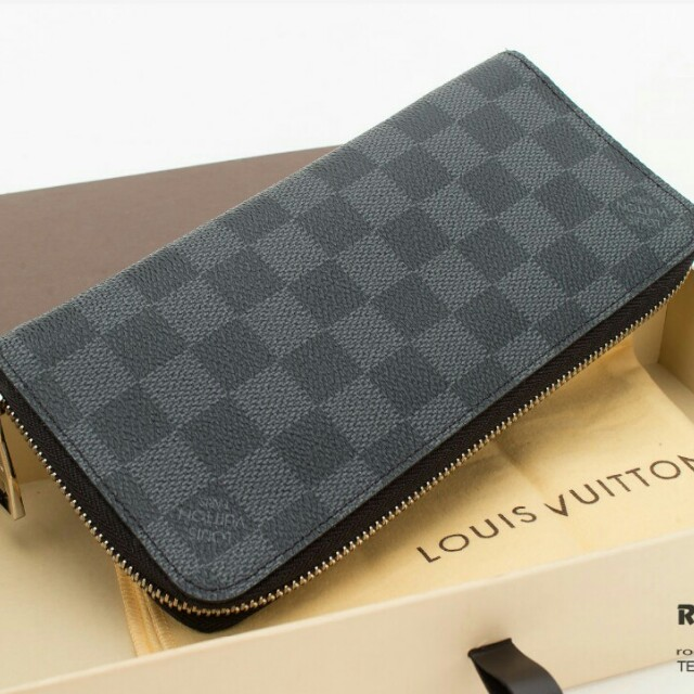 Louis Vuitton Damier Graphite canvas Long zippy wallet d0634a4edfd