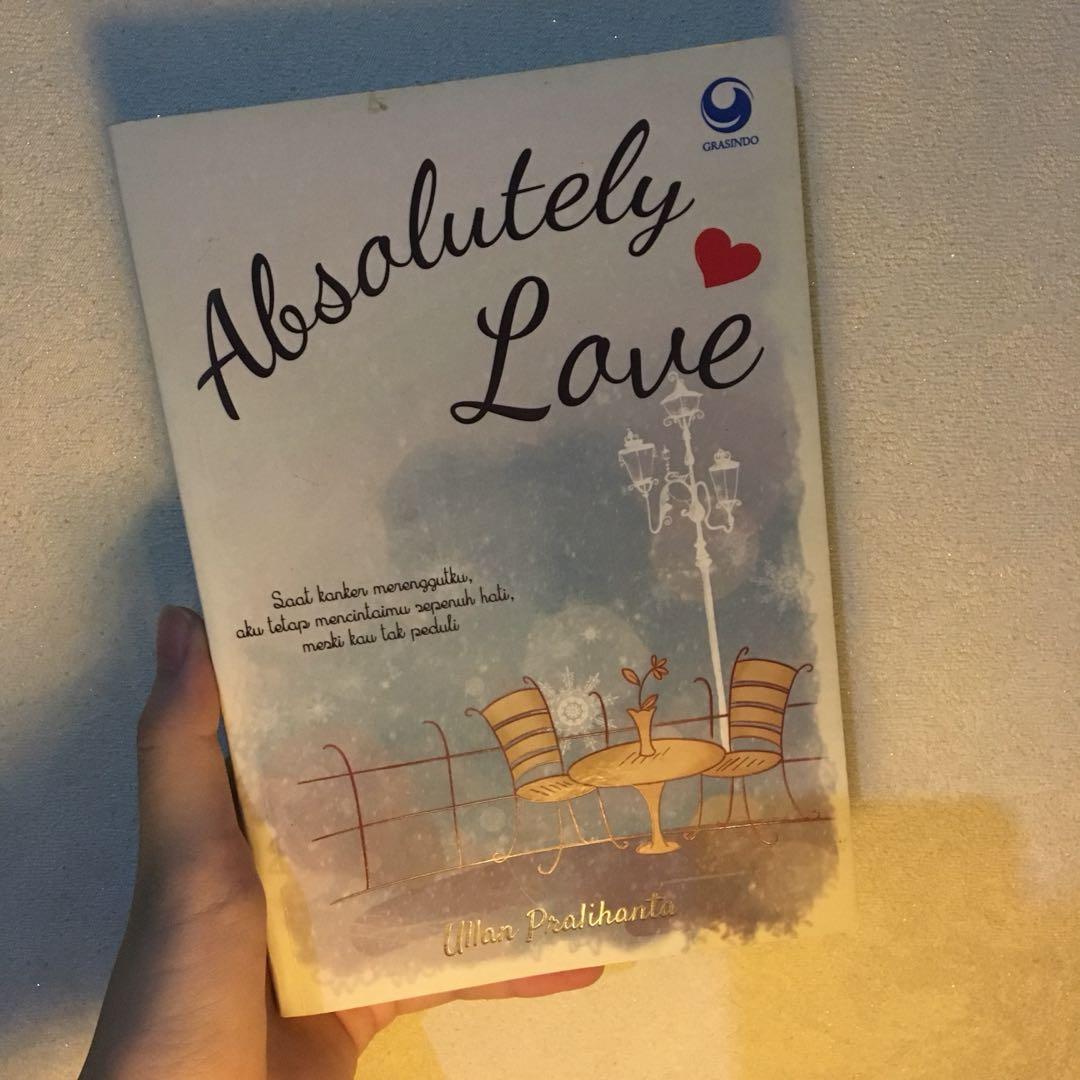 Novel Preloved. Absolutely Love by Ullan Pralihanta (Gramedia)