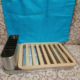 器皿瀝水架, new (dish rack stainless steel and wood) designed by Sebastian Conran
