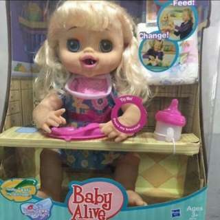 BABY ALIVE  VERRY NICE TOYS