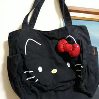 PreLoved Shoulder Bag (Vans - HelloKitty Edition Brand)
