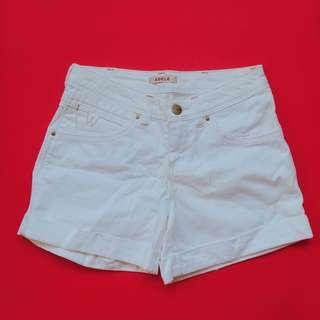 Wrangler White Short