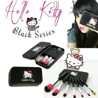 Kuas hello kitty black edition