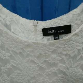 Dress White Motif Bunga